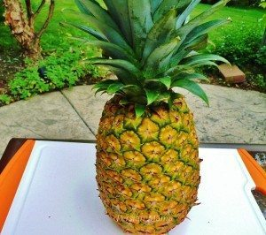 How To Select & Slice a Pineapple