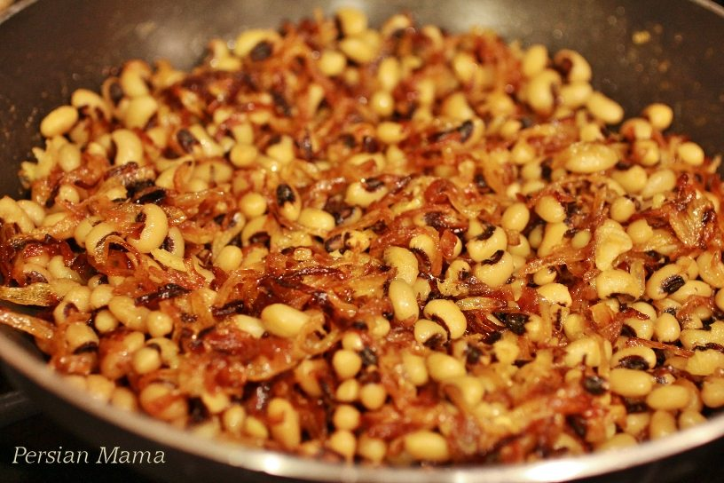 Black-eyed peas and fried onions
