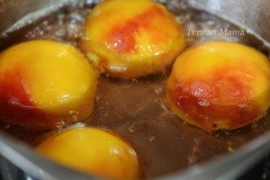 poaching peaches